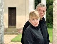 Derek Acorah & Yvette Fielding in 'Most Haunted'