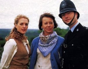Jenny Agutter with Juliette Gruber and Nick Berry in 'Heartbeat'