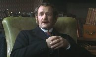 Alexander Armstrong as Turnavine in 'Murder Rooms: Mysteries of the Real Sherlock Holmes'