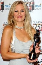 Alison Balsom with her Classical BRIT award in 2009