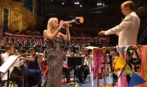 Alison Balsom plays Libertango at the Last Night of the Proms in 2009