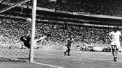 Gordon Banks makes his 'Save of the Century' in Mexico