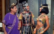 Kenneth Connor, Kenneth Williams and Amanda Barrie in 'Carry On Cleo'