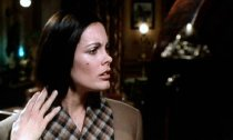 Martine Beswick in 'Dr Jekyll & Sister Hyde'