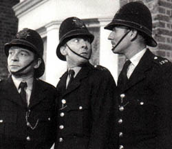 Kenneth Connor, Kenneth Williams and Leslie Phillips in Carry On Constable