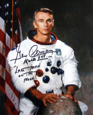 Gene Cernan signed photograph