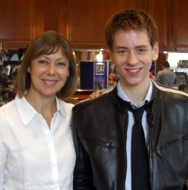 Ciaran Brown with Jenny Agutter at Autographica in October 2007