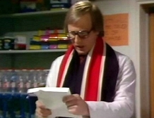 Peter Davison as Paul Webber in 'Sink or Swim' (1980)