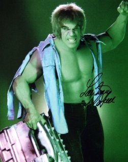 Photograph signed by Lou Ferrigno