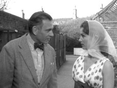 Shirley Anne Field & Sir Laurence Olivier in 'The Entertainer'