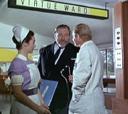Shirley Anne Field, James Robertson Justice & Leslie Phillips in 'Doctor in Clover'
