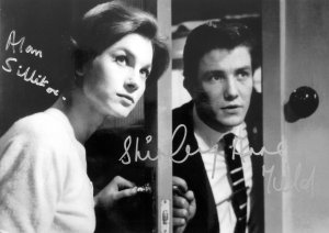 Alan Sillitoe & Shirley Anne Field have both signed this publicity photograph from 'Saturday Night and Sunday Morning'