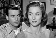 Shirley Anne Field & Robert Wagner in 'The War Lover'