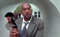 Ken Foree as Detective Gibbs in 'The Dentist' (1996)