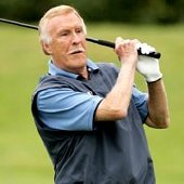 Bruce Forsyth loves his golf!