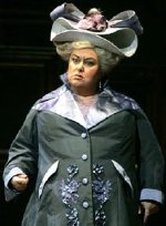 Dawn French as the Duchesse de Crackentorp in 'La Fille du Regiment'