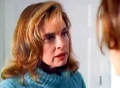 Linda Gray as Gayle Moffitt in 'Moment of Truth: Why My Daughter?' (1993)