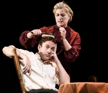 Susannah Harker & Chris New in 'The Glass Menagerie'