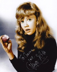 Hayley Mills signed photograph