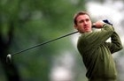 Stephen Hendry is a very good golfer