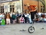 Eddie Izzard performing street theatre in London's Covent Garden