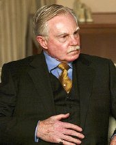 Derek Jacobi as General Pinochet in 'Pinochet in Suburbia'
