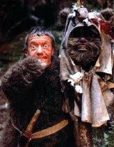 Kenny Baker in his Ewok costume as Paploo in 'Return of the Jedi'