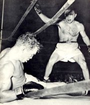 Jake LaMotta knocks out Laurent Dauthouille in 1950