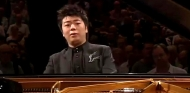 Lang Lang playing Chopin's 2nd piano concerto at the 2008 Proms
