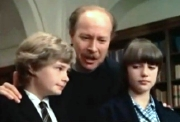 Mark Lester, James Cossins & Tracy Hyde in 'Melody'