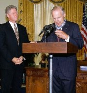 Jim Lovell receiving the 'Medal of Honor' from President Bill Clinton in 1995