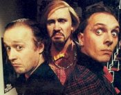 Adrian Edmondson, Nigel Planer & Rik Mayall in 'Filthy Rich & Cat Flap'