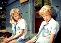 Hayley Mills as both Susan Evers and Sharon McKendrick in 'The Parent Trap' (1961)