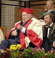 Sir Patrick Moore receiving his Honorary Fellowship from Leicester University in 2008