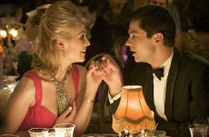 Rosamund Pike & Dominic Cooper in 'An Education'