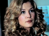 Rosamund Pike as Maggie in 'Surrogates'