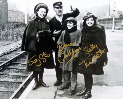 Photo from 'The Railway Children' signed by Bernard Cribbins, Jenny Agutter & Sally Thomsett