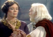 Diana Rigg & Laurence Olivier in Shakespeare's 'King Lear' (1983)