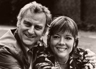 John Thaw & Diana Rigg publicity shot for Tom Stoppard's play 'Night and Day' (1978)
