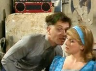 Rik Mayall & Jennifer Saunders in 'The Young Ones'