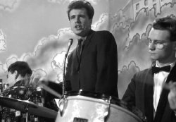 Barry Mason (vocals) and Michael Sillitoe (drums) in the drinking scene from Saturday Night and Sunday Morning