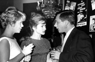 Rachel Roberts, Shirley Anne Field and Alan Sillitoe at the film Premiere of Saturday Night and Sunday Morning