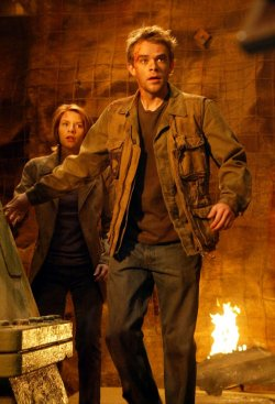 Nick Stahl & Claire Danes in 'Terminator 3: The Rise of the Machines'