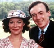 Christopher Timothy & Carol Drinkwater in 'All Creatures Great and Small'