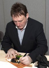Jimmy White signing photograph
