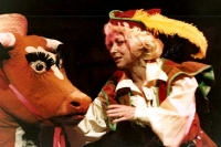 Barbara Windsor in 'Jack and the Beanstalk' at the Theatre Royal, Newcastle upon Tyne (1980/81)