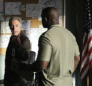 Henry Winkler & Alimi Ballard in the episode 'Jack of All Trades' from the TV series 'Numb3rs' (2008)