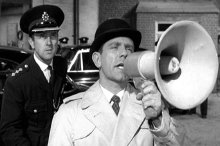 Norman Wisdom in 'On the Beat'